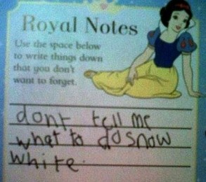 funny-snow-white